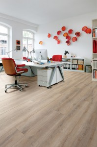HARO_Interieur_T100_Gran_Via_4V_authentic_Eiche_Duna_gekalkt