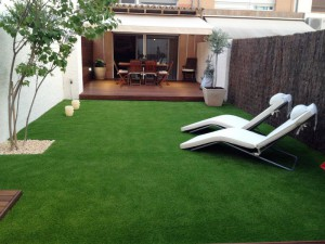 artificial-grass-terrace-spain-kopie